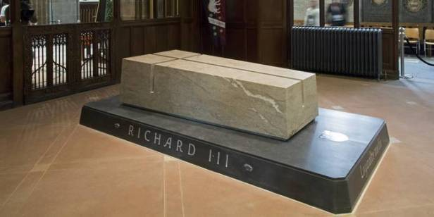 RIII tomb